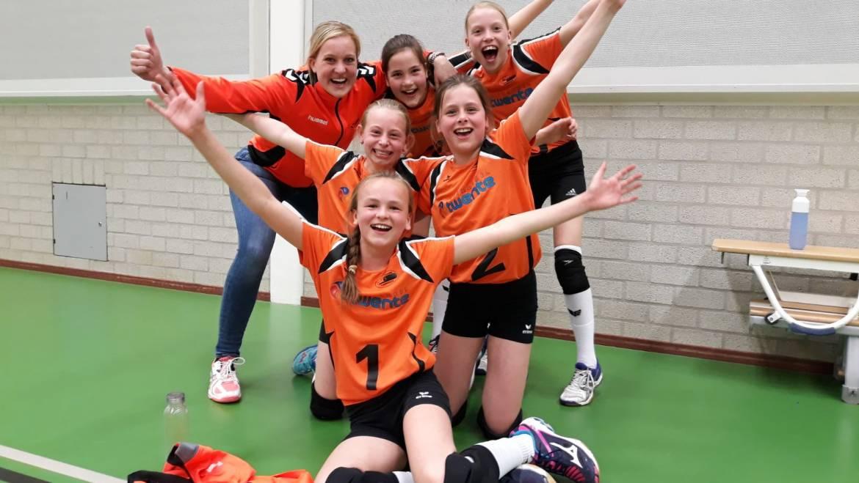Meisjes CMV 6-1 kampioen van regio oost!