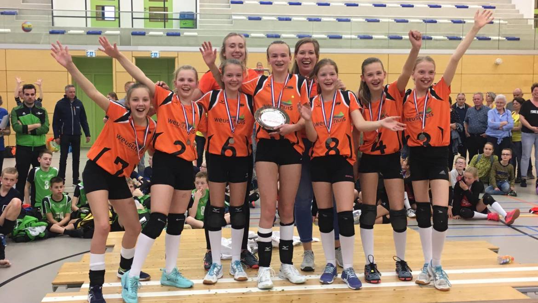 Wat een toppers! Dynamo meisjes CMV 2e van Nederland!